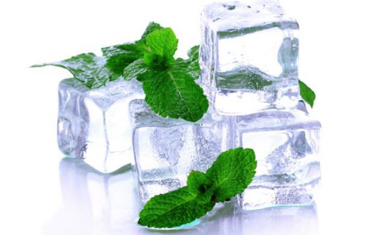 Siêu phẩm hè này: dung dịch vệ sinh cho vùng kín cả ngày mát lạnh